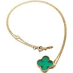 Van Cleef & Arpels Alhambra Green Chalcedony Yellow Gold Pendant Necklace