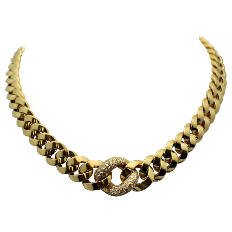 Diamond Graduated Link Gold Necklace.