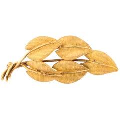 Tiffany & Co. Leaf Motif 18 Karat Gold Brooch Pin, circa 1960s