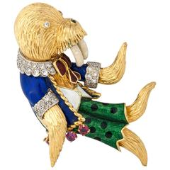 Retro Vintage 1950s Intricate Handmade Walrus, Enamel and Gold Brooch Pin