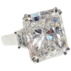 15.14 Carat Radiant Cut Diamond Platinum Ring