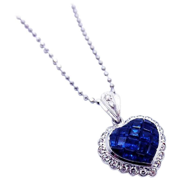 Blue sapphire heart pendant and diamond For Sale at 1stdibs