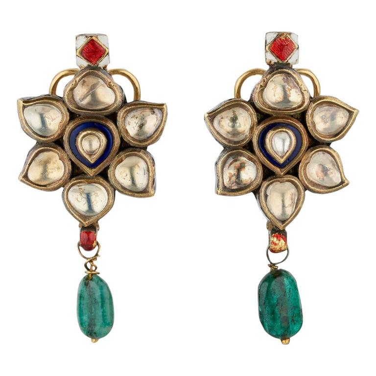 Antique Indian Earrings in Gold with White Sapphire and Emerald Drops For Sale