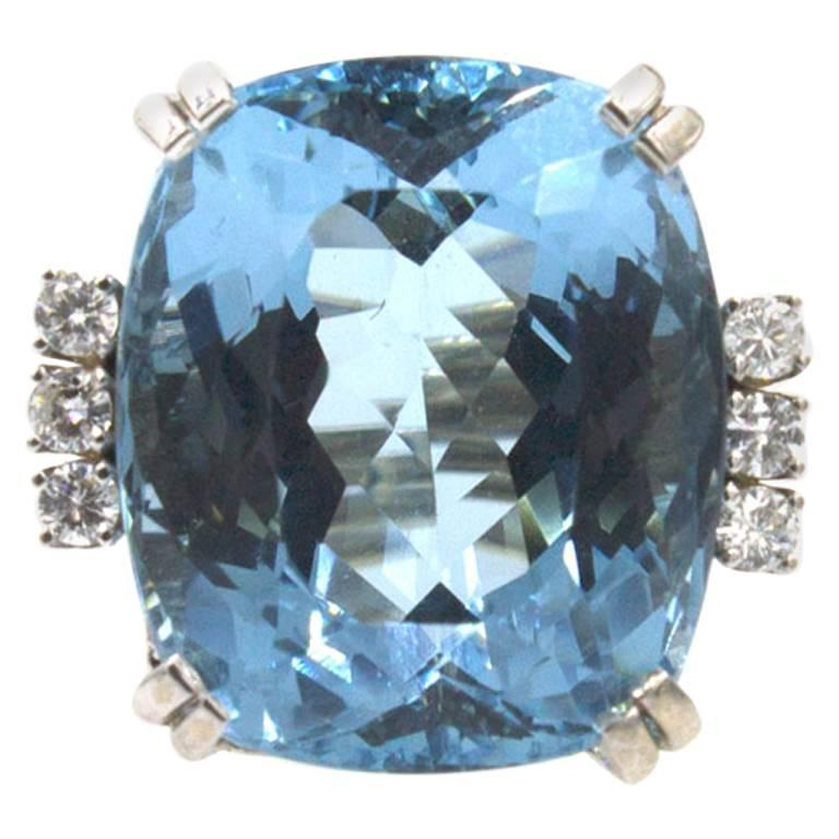 24 Carat Large Aquamarine Diamond White Gold Cocktail Ring