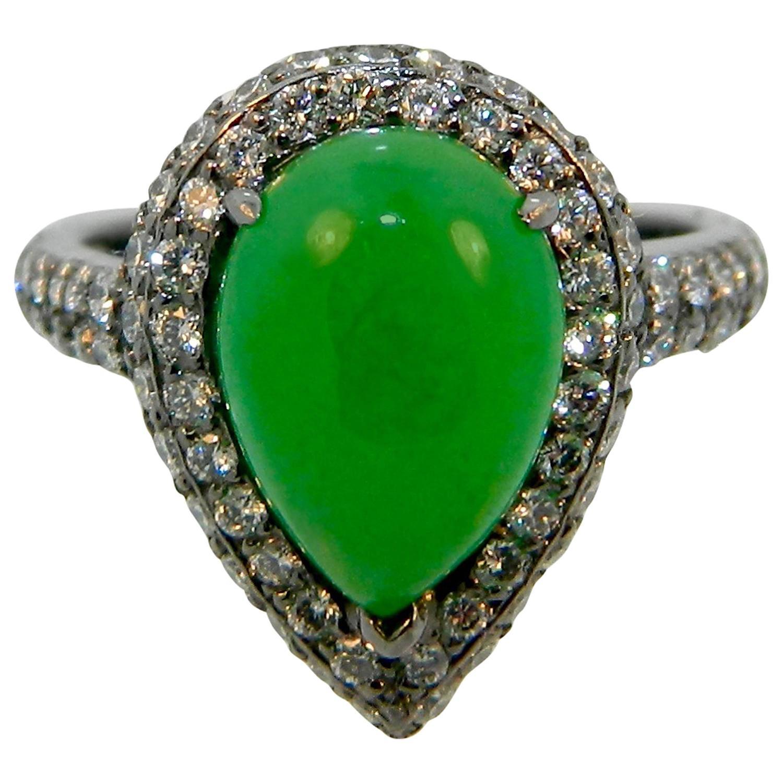 Jadeite Jade Diamond and Black Rhodium Platinum Ring For Sale at 1stdibs