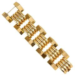 Retro Gold Oversized Link Bracelet