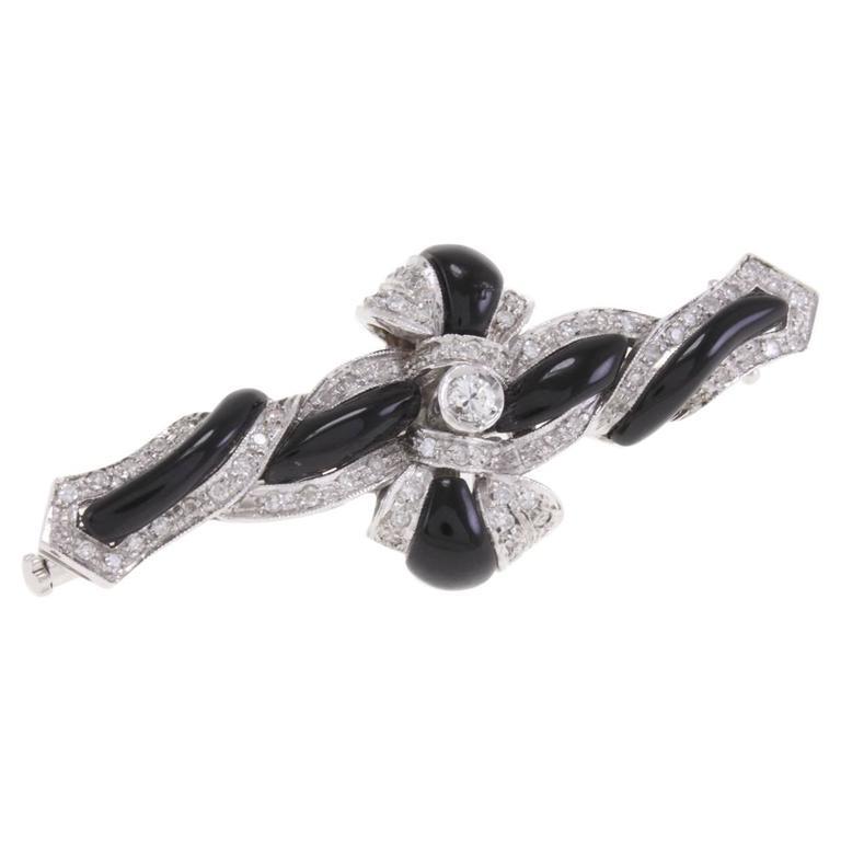 Onyx Diamond White Ribbon Gold Brooch