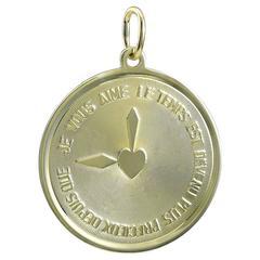 Le Temps Est Devenu Plus Precieux Depuis Que Je Vous Aime Gold Charm