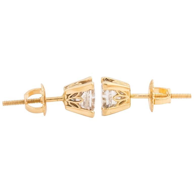1980s Princess Cut 1.50 Carat Total Diamond Earring Studs in 18 Karat Gold