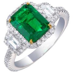 Intense Green Emerald Diamond Ring