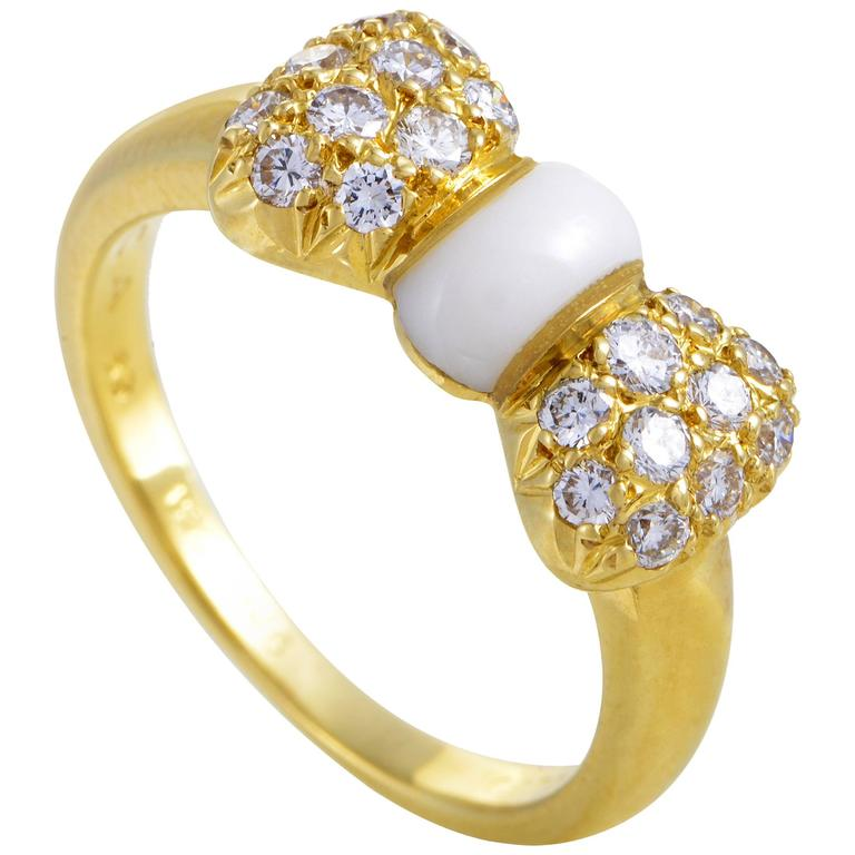 Van Cleef & Arpels Yellow Gold Diamond and White Agate Bow Ring 1