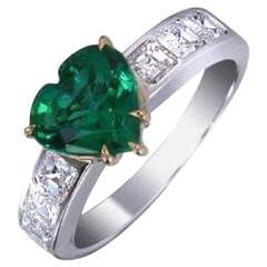 Vivid Green Emerald Diamond Ring