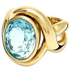 Severine Oval Aquamarine and Gold Ring