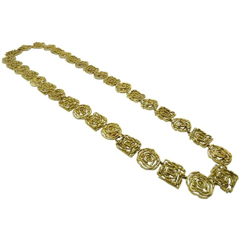 1970s Chaumet Paris Arcade  Large Abstract Motif Gold Necklace.