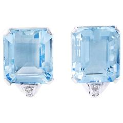 Art Deco Brazilian Aquamarine and Diamond Earrings set in Platinum