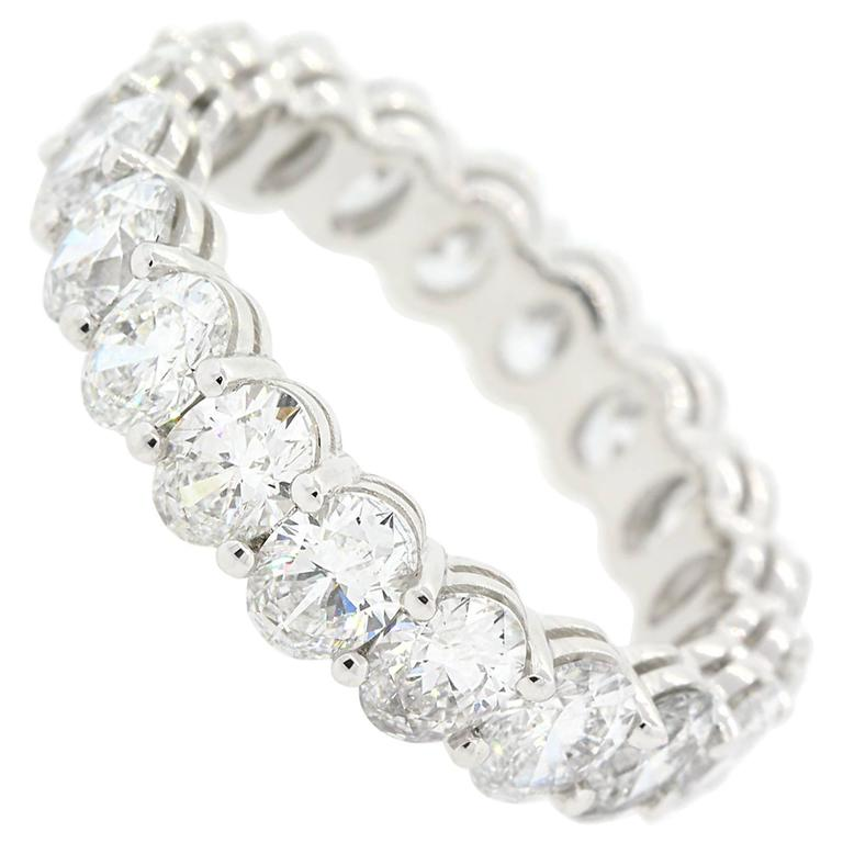 Oval Cut Diamonds and Gold Eternity Band For Sale