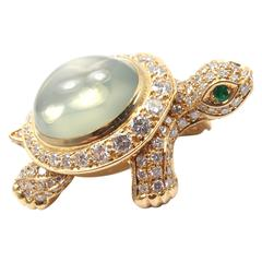 Cartier Turtle Diamond Moonstone Emerald Yellow Gold Pin Brooch