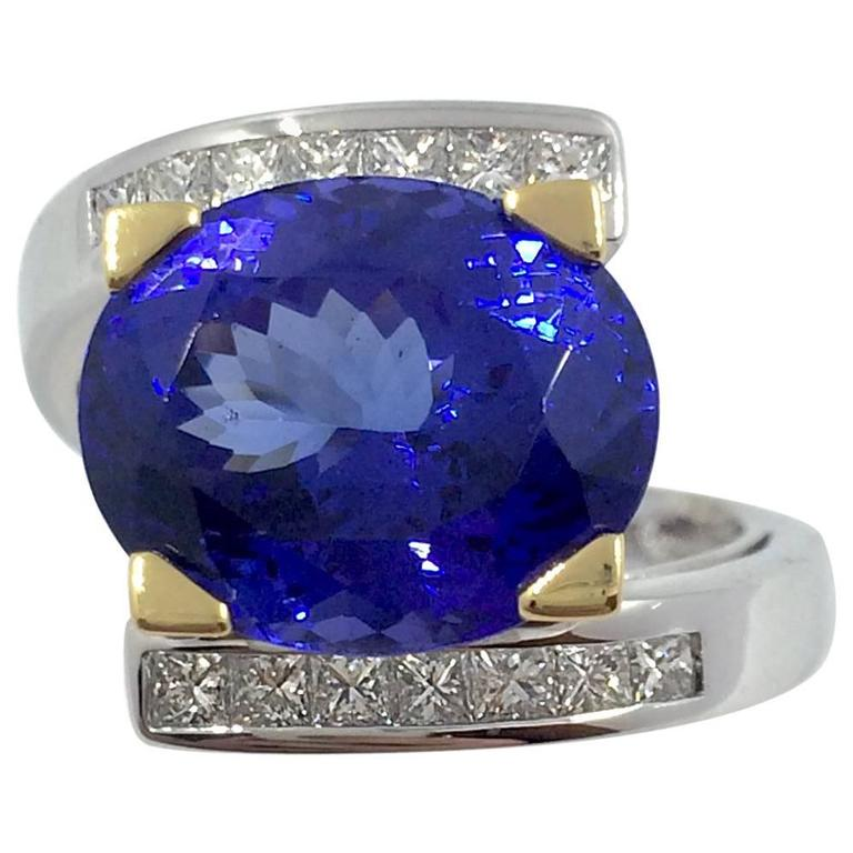8.46 Carat Tanzanite Diamond Gold Ring