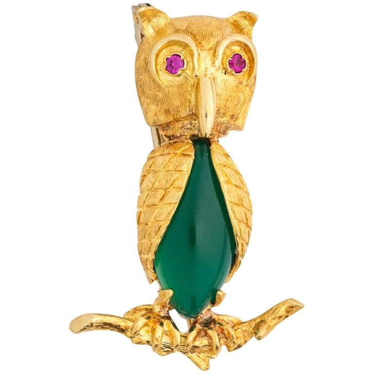 1950s Green Onyx and Ruby Gold Italian Owl Brooch Pin
