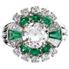 Raymond C. Yard Art Deco 1.50 Carat Center Old European Diamond Emerald Ring