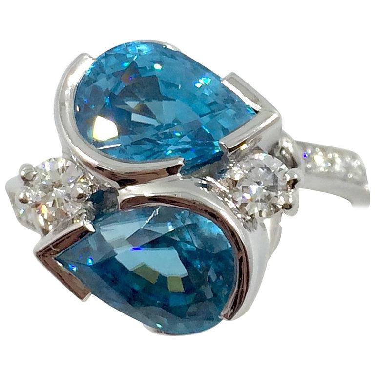 Intense Blue Zircon Diamond Gold Ring
