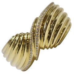 Yellow Gold Fluted Bangle Bracelet