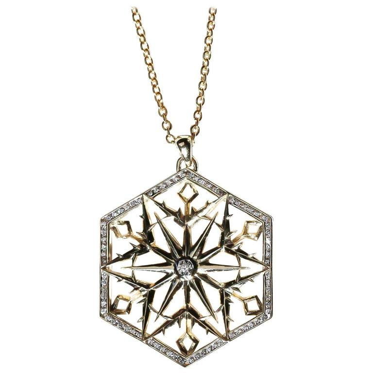 Snow Queen Diamond Gold Necklace For Sale