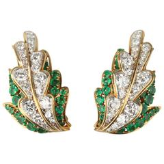 Van Cleef & Arpels Emerald Diamond Gold Leaf Earrings