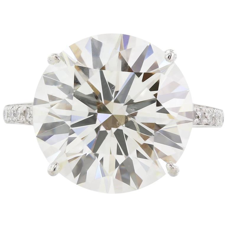 10.06 Carat GIA Cert Round Diamond Platinum Engagement  Ring For Sale