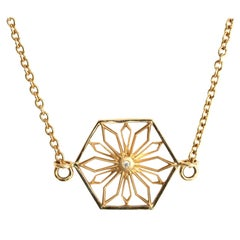 Snowcrystal Honor Gold Necklace