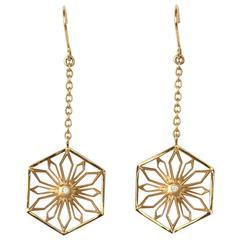 Snowflakes Honor Gold Earrings
