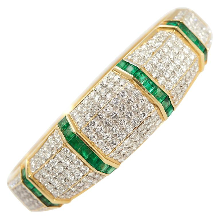 Emerald Diamond Bracelet  For Sale