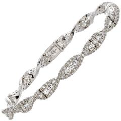 Favero Diamond Gold Twist Bracelet