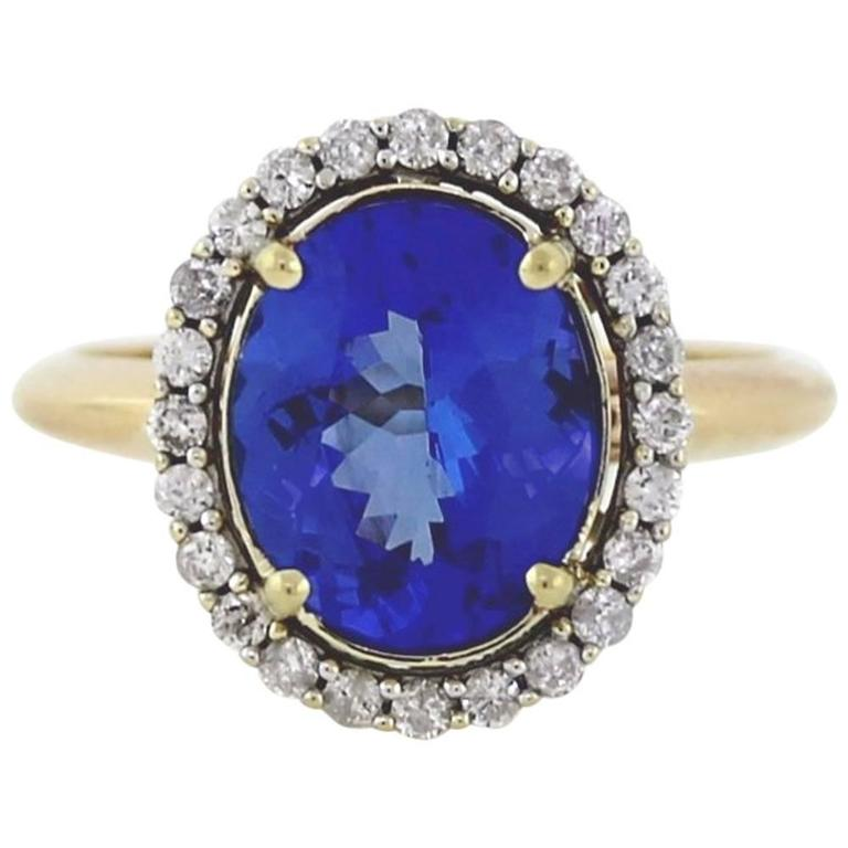 3 04 Carat Oval Tanzanite Diamond Gold Ring For Sale at 1stdibs