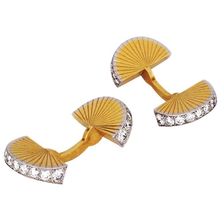 1950s Cartier Paris Diamond Fluted Gold Fan-Shaped Cufflinks For Sale