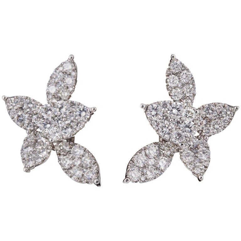 Classic Diamond Gold Cluster Earrings For Sale