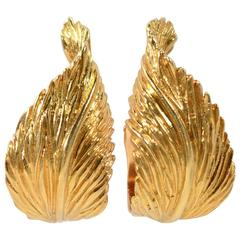 1970s Van Cleef & Arpels Gold Leaf Earrings