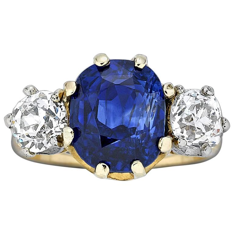 Tiffany and Co Untreated Ceylon Sapphire Diamond Gold Ring For Sale at 1stdibs