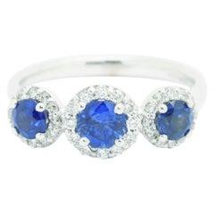 1.26ct Blue Sapphire 0.36ct white Diamond 18k white Gold Ring