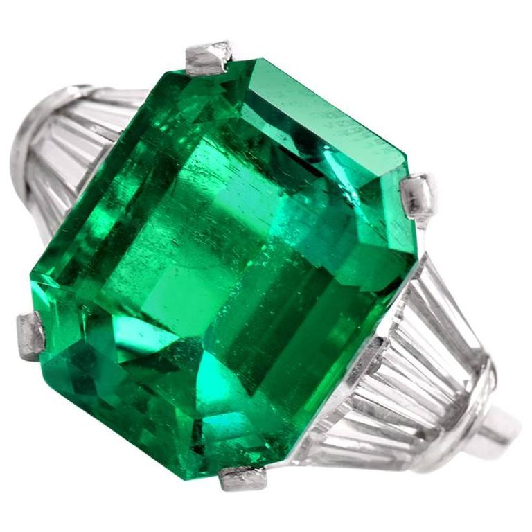 1960s Stunning Colombian GIA Certified 10.95 carat Emerald Diamond Ring