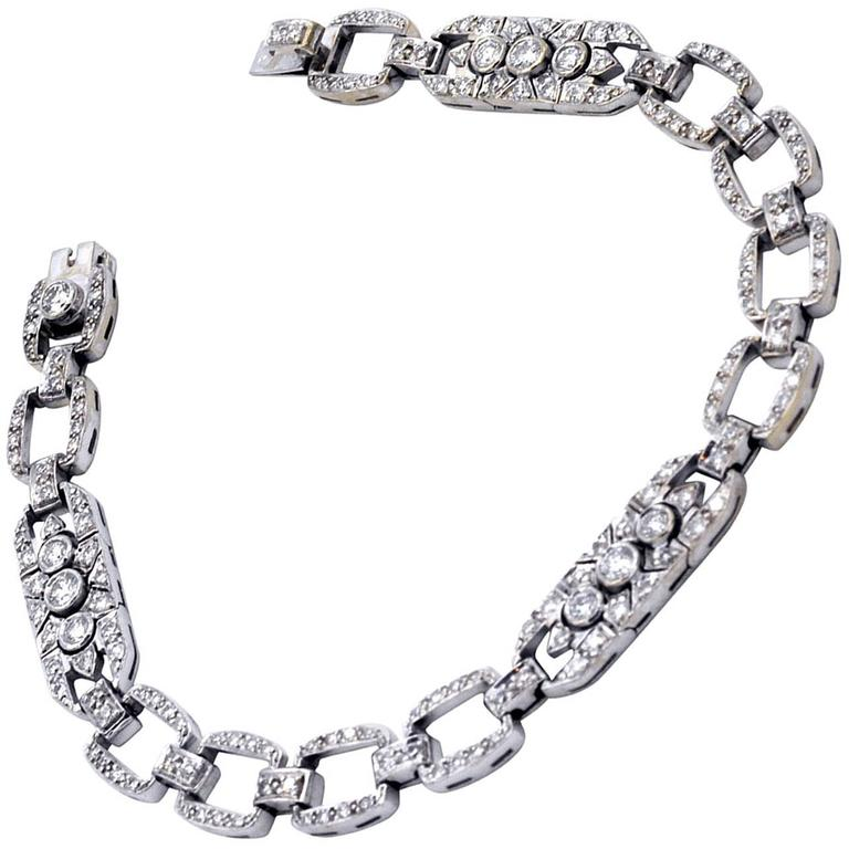 Art Deco Style Diamonds and Gold Link Bracelet
