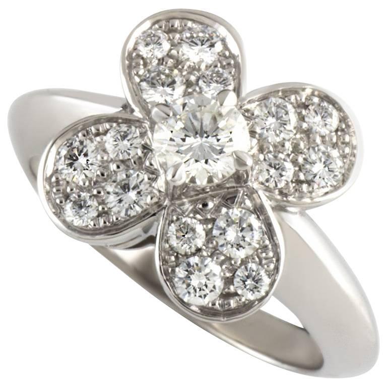 Van Cleef & Arpels Alhambra Ring