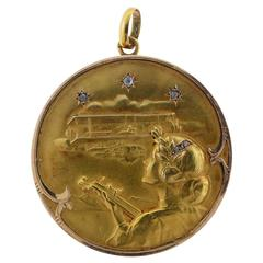 Rare Antique French Gold Locket Depicting the Wright Brothers Arrival In Paris