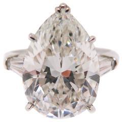 Harry Winston 6.83 carat Pear shaped Diamond Platinum engagement Ring