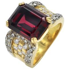 Garnet Diamond Gold Cocktail Ring
