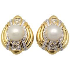 Mabe Pearl  Diamond Gold Earrings.