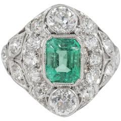 Antique Edwardian Emerald Diamond Platinum Ring