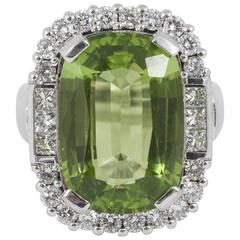 1970s Large cushion-shaped Peridot Diamond platinum Ring