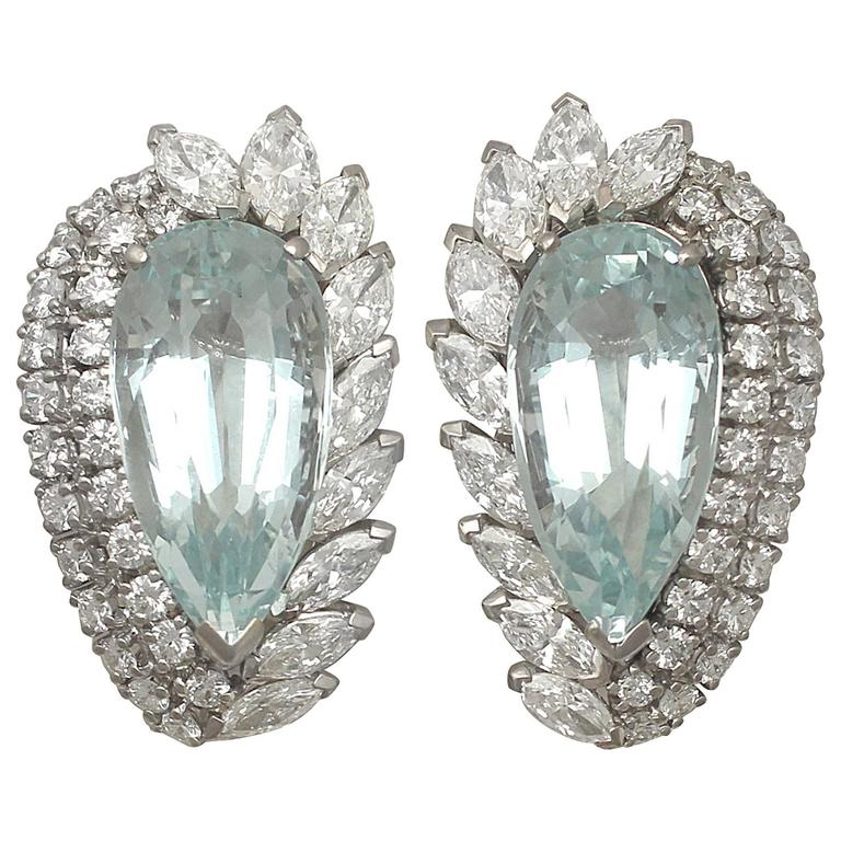 1940s 21.12 Carat Aquamarine and 5.86 Carat Diamond White Gold Earrings For Sale