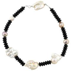 Elegant Pearls and Onyx Necklace